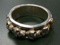 For Sale; Mens 17.8 grams 925 Silver Skull Ring This is