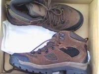 Mens Size 11 Klondike Hiking Boots - NIB. I bought the