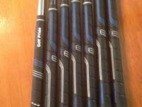 Mens regular flex golf iron set. Ping I3 - pitching
