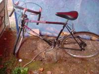 I HAVE A 26IN MEN MURRY Rcing bike in good shape needs