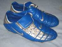 Mens Nike Totalissimo Soccer Cleats sz 13 - Blue and