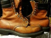 Vintage Redwing mens boots, size 7,6 inch round toe