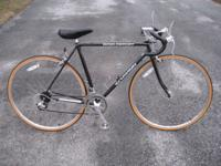 mens 54cm Schwinn World Sport. black steel lug frame