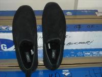 Mens ugg Australia boots vibram, Size 10, New, never