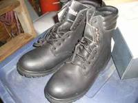 For sale are the following new mens workboots. I have 2