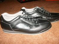 Mens Brunswick Black Bowling Shoes Size 10 1/2 Retailed
