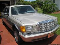 1988 Mercedes 420 SEL, tan color, cold air, new paint,