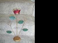 Metal Photo Holder with Rose, Leaves and 2 photo