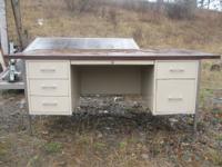6drawer metal school desk.3x6 top. best offer // //]]>