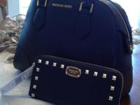 Brand New MICHAEL KORS HATTIE BOWLING BAG IN NAVY