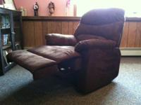 Up for sale i have a brand new brown (cocco) microfiber