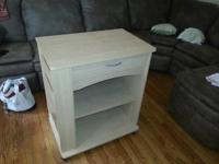 Microwave cart in wonderful shape, simply no space for