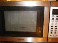 I'm selling a Galanz Microwave Oven (model no.