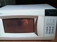 GE. Microwave, working conditions as can see it, for