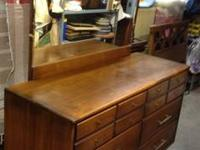 Mid Century 5 pc Bedroom set This midcentury bedroom