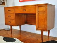 Mid Century Modern / Danish Modern Desk by Dixie In