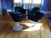 This listing is for 4 Vintage Tulip chairs. They have