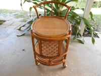 Very luxuriant and lovely adorable wicker drink cart.