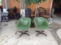 Beatiful, fun, and very comfortable 1960's pair of