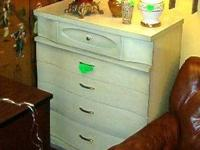 This piece is in excellent condition|Tall 4 cabinet