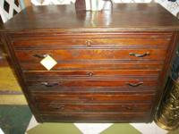 This is a lovely mid 19th century dresser with 3