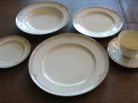 Twelve-place setting of Mikasa La Rose pattern china,
