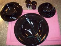 Set of 8 - Dinner Plate, Salad Plate, Soup Bowl, Bread