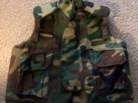 AWESOME MILITARY BODY ARMOR PROTECTIVE VEST BUILT FOR