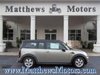 **2009 MINI COOPER CLUBMAN**1-OWNER**CLEAN