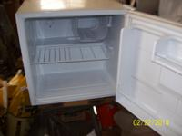 MINI REFRIGERATOR  WORKS