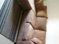 mini sectional love seat/ chase lounge.... in great