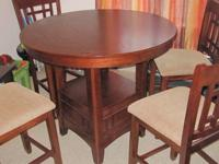 GREAT CONDITION EXTENDABLE DINING TABLE REGULAR SIZE: