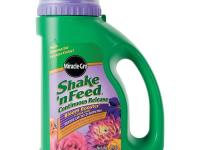 Miracle-Gro Shake 'n Feed Bloom Booster 4.5 lb. Flower