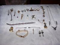 I have a mixed lot of jewelry -- rings, bracelets,