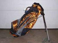 Nice Mizuno golf bag, like new, call . Location: Mt