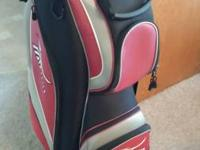 ◦◦ Golf Bag: MIZUNO Golf cart bag features: