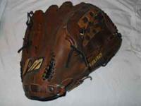 Mizuno Vintage 1350 MVT ball glove--professional model