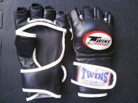 MMA Gloves Twins Men's Size Medium. Leather Hand Made