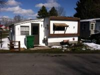 This is a 1976 2bdm, 1 bath mobile home. Has an