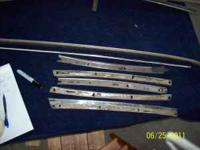 We have a set of roof moldings - $10/set Glass Molding