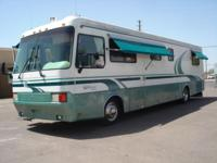 1997 Monaco Windsor CLASS A DIESEL PUSHER Model: 38 38