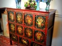 Seeking fine Eastern antiques? Store from a curated