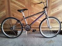 Boys 24 inch tire beach crusier mongoose bike still in