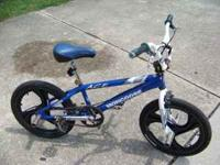 VERY NICE MONGOOSE ACE BMX BIKE GOOD FOR GIFT VERY
