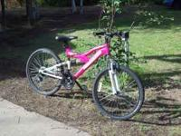 one month old. teenage girl bike. paid $160.00.moving