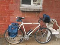 Mongoose IBOC Touring Bike - + 21-speed Shimano thumb