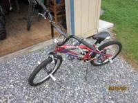 Mongoose Outer Limit trick bike like new only riden a
