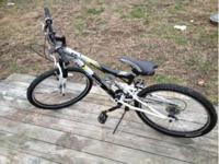 Mongoose XR-75 21 speed Bike is in good shape, there is