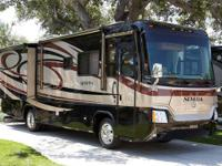 2007 Monaco Safari Simba Diesel Series Pusher ( rear