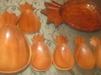 Never used monkey pod wood pineapple bowls . 1 set of